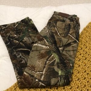 Camo pants. Good Contin. Worn once. Size 4x34.